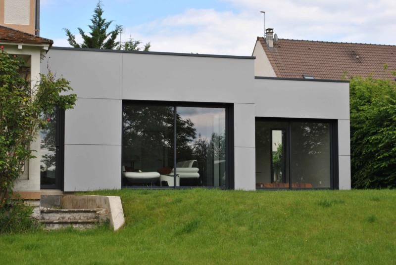 Extension maison brique extension en briques duune maison for Extension maison en parpaing